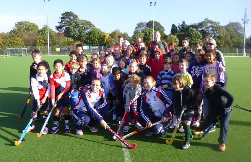 Join Westbury & United Banks Hockey Club